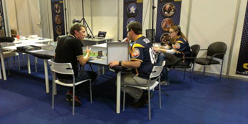 Brettspielpodcastprofis bei der Arbeit (cc by-sa nafmo)