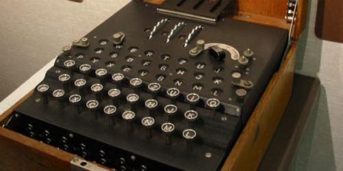 Nicht ganz so portable Verschlüsselung: Enigma (cc by Fleeting Shadow)